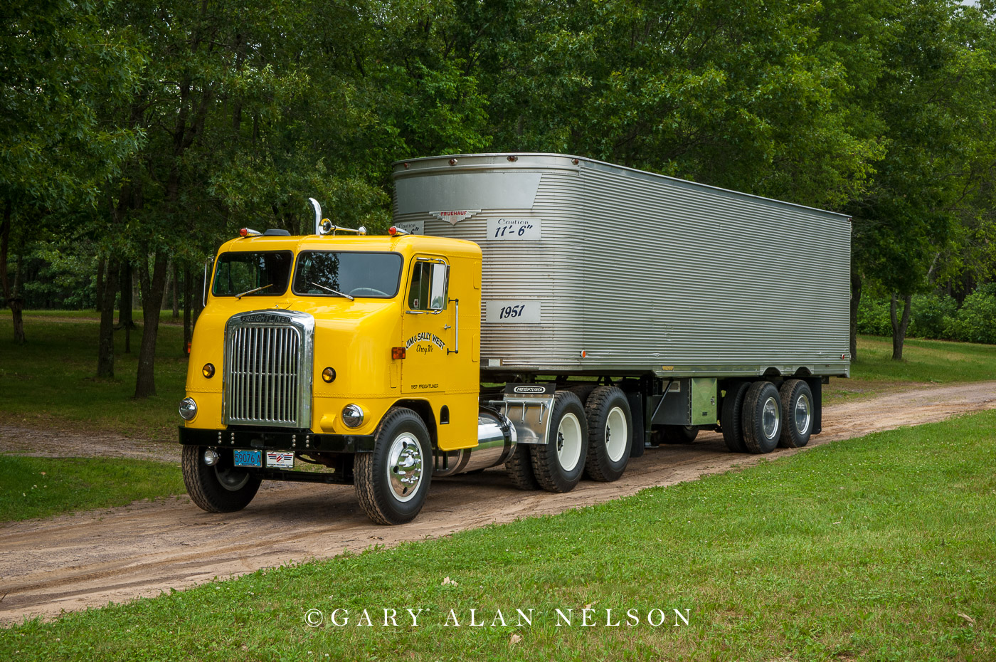 "VT-10-10-FL 1957 Freightliner ""Bubble Nose"" with a 1951 Fruehauf stainless steel trailer"