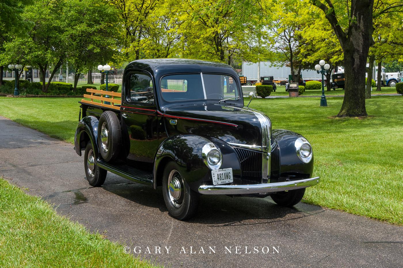 VT-11-5-FO 1941 Ford V-8 Pick Up
