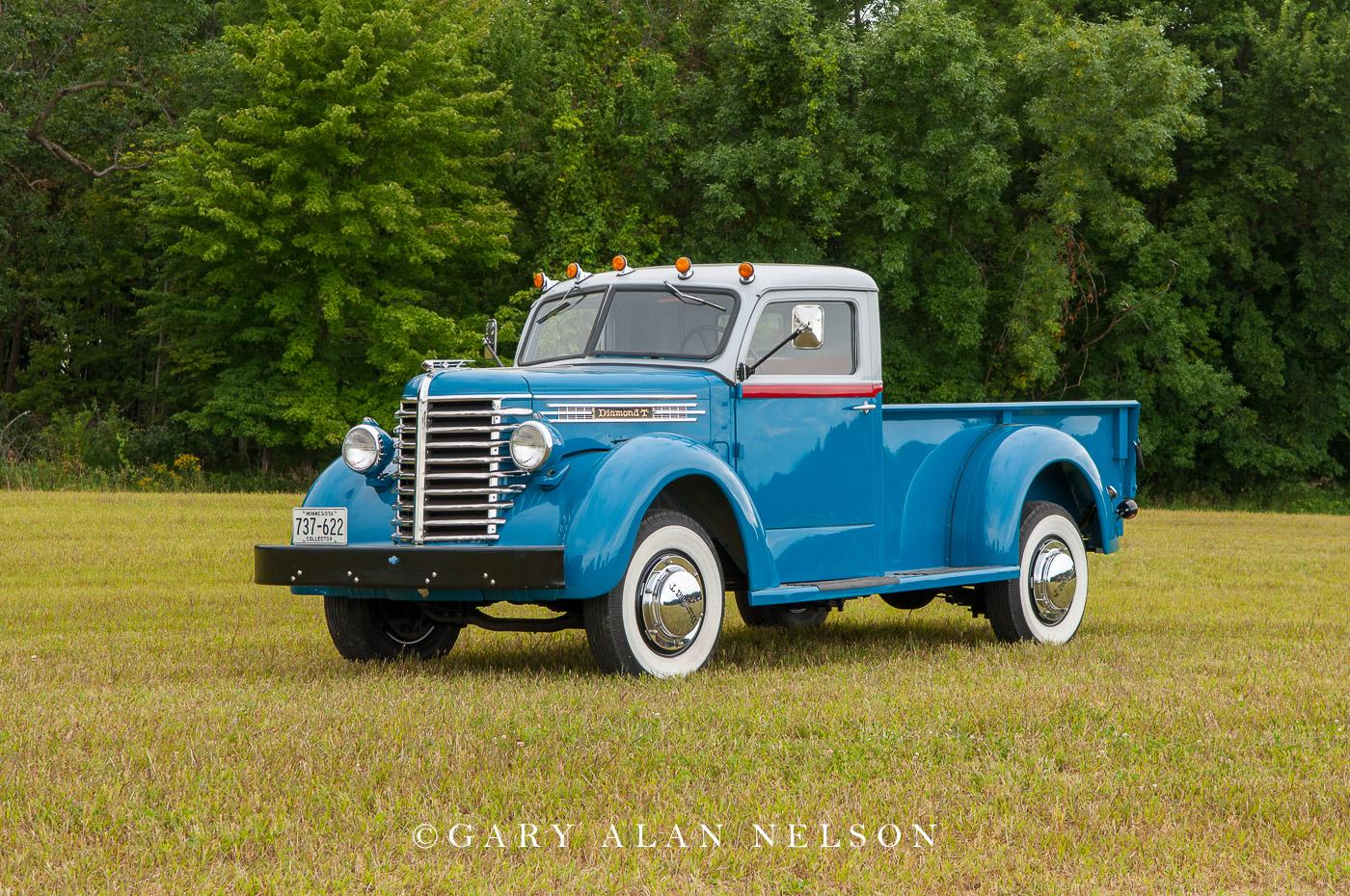 VT-11-96-DT 1947 Diamond T Model 201 Pickup