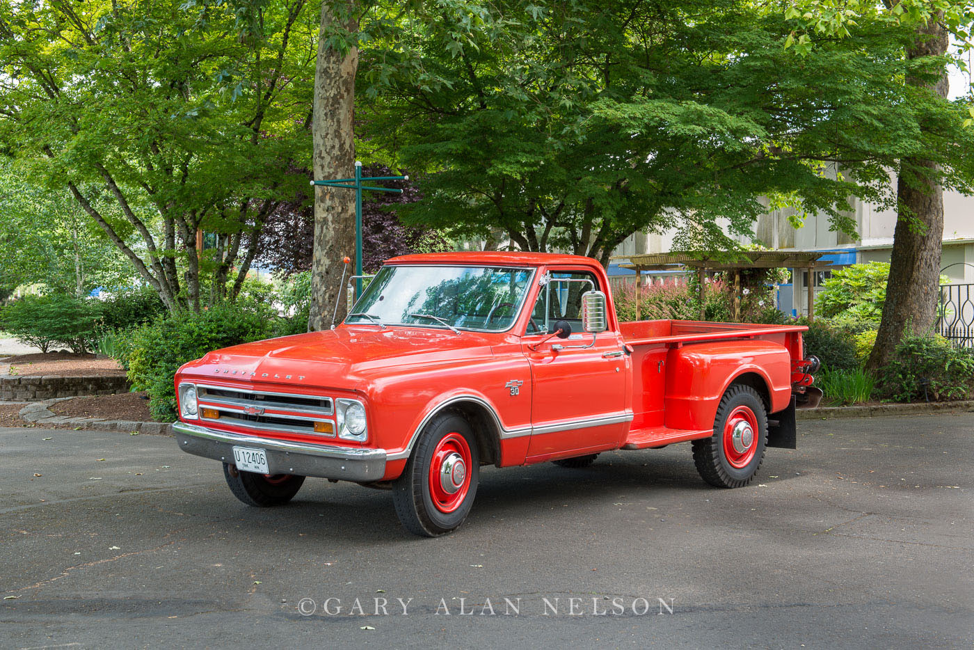 1967 Chevrolet C-30 One-Ton long bed 9-foot box