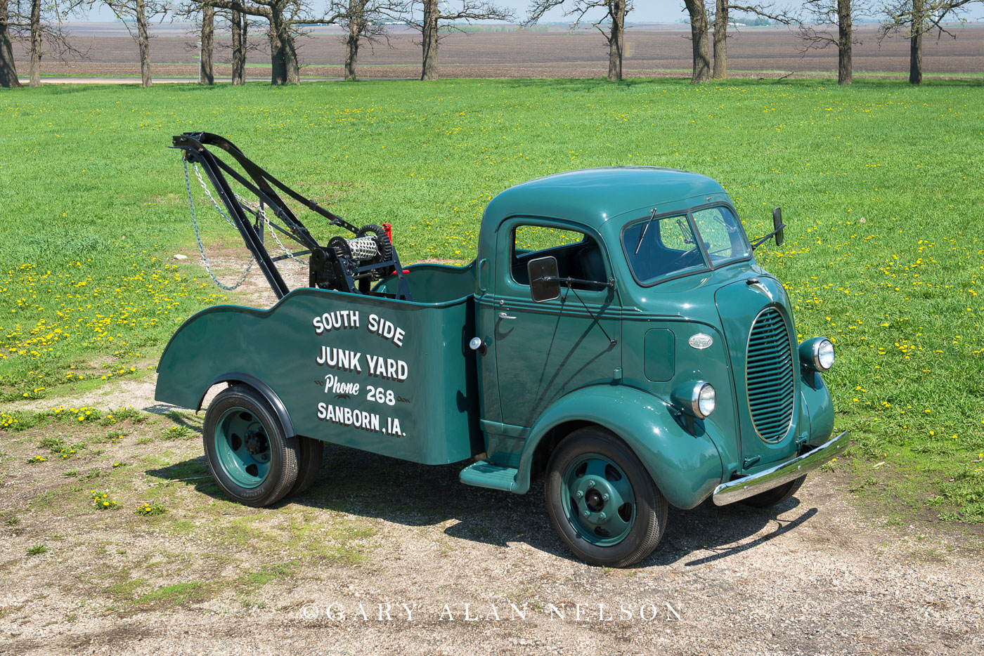 antique trucks, ford, tow truck, wrecker, photo