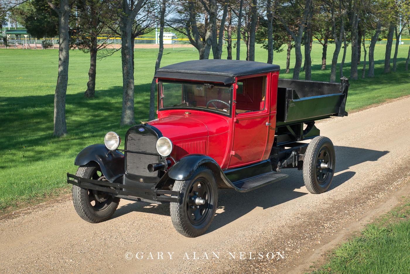 antique trucks, ford, dump truck, photo