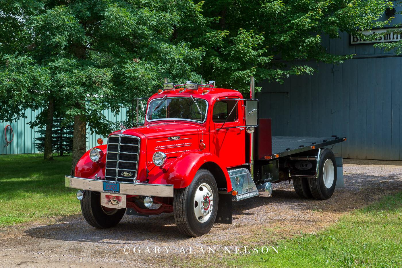 1949 Mack EH