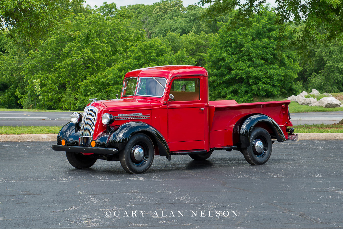 1937 REO Speed Delivery