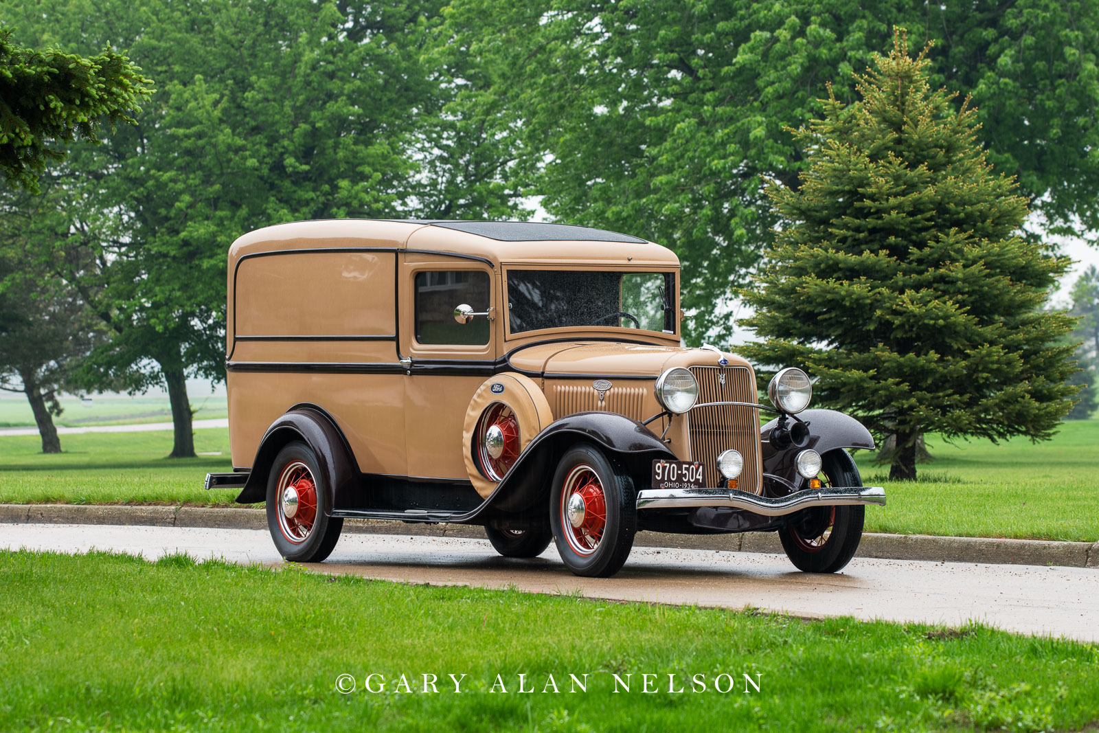 Ford, antique truck, vintage truck,1934 Ford Sedan Delivery, photo
