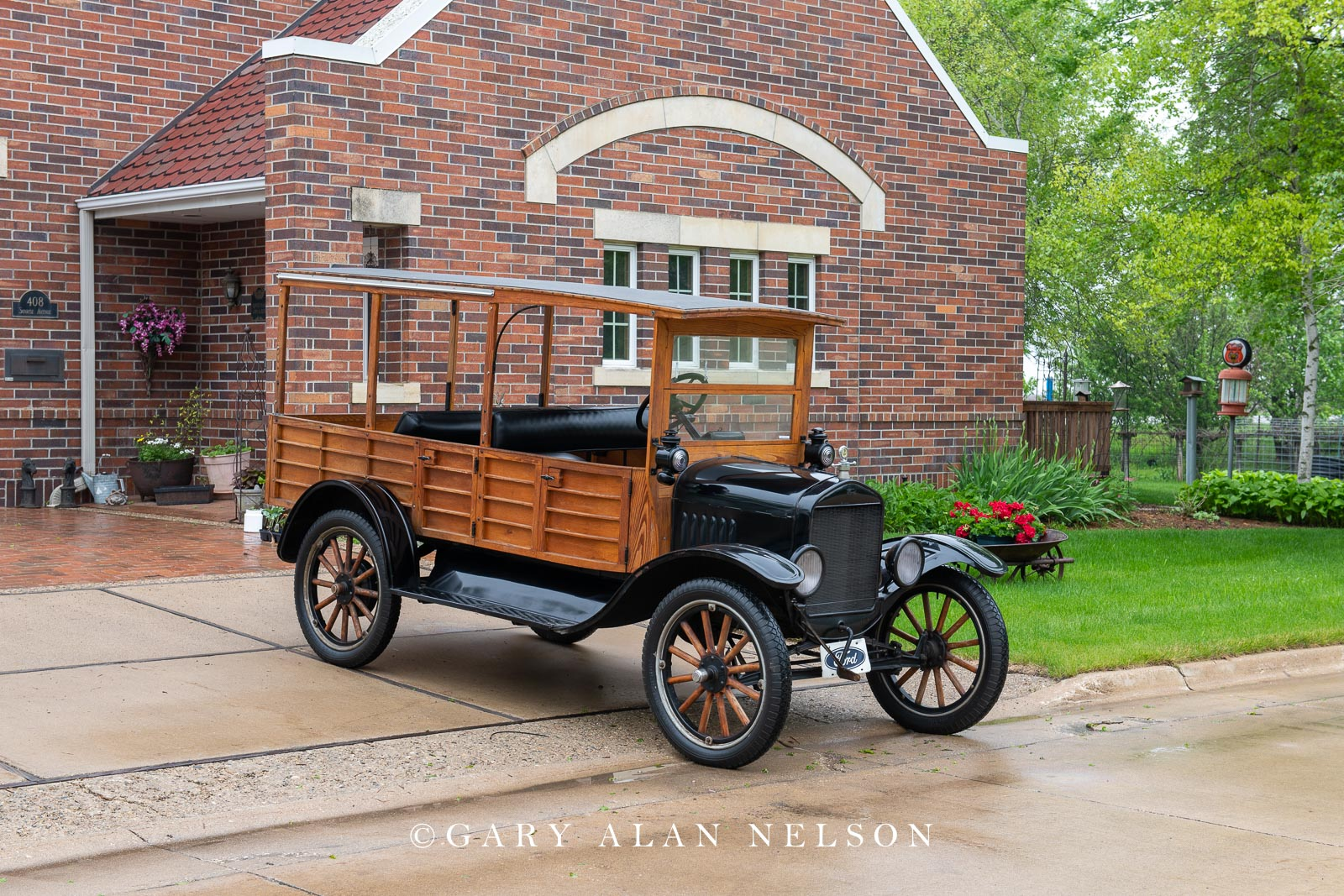 Ford, antique truck, vintage truck,1925 Ford Woodie Wagon, photo